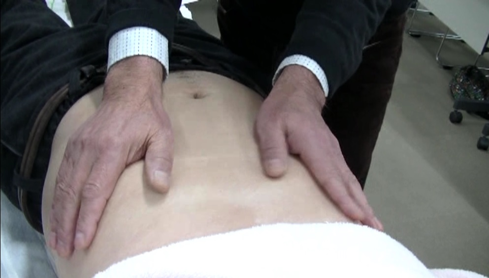 八虚診 肝(季肋部)